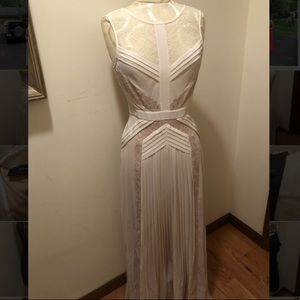 BCBGMaxAzria - Long Lace Dress